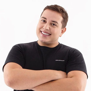 Renan da Resenha apresenta Stand-up Comedy no Theatro Via Sul Fortaleza