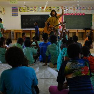ONG internacional chega ao Ceará e promove inclusão social e musicalização para crianças com deficiência